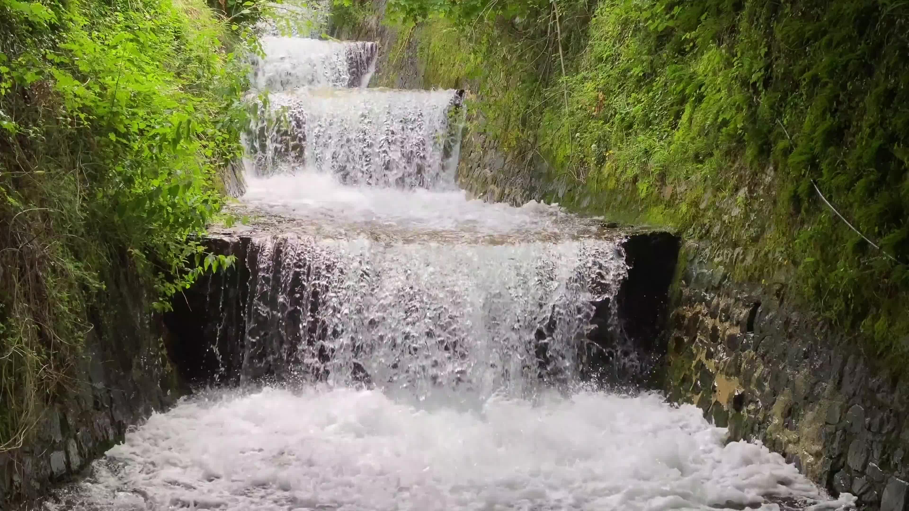 唯美风景水流小瀑布视频素材